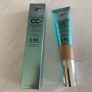 it cosmetics Makeup - CC+ Cream Oil-free Matte - Medium